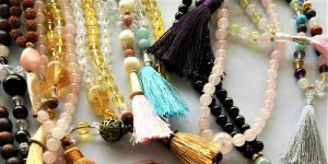 mala beads banner